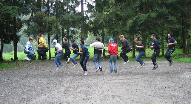 Erlebnispädagogik mit Out Active bedeutet, im Team zu arbeiten...